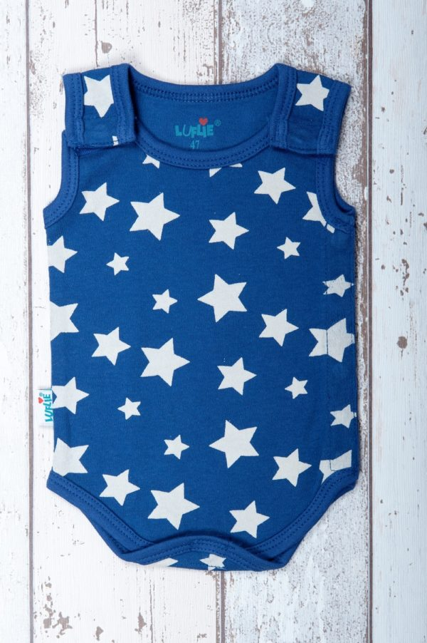 Luflie romper stars at the sky